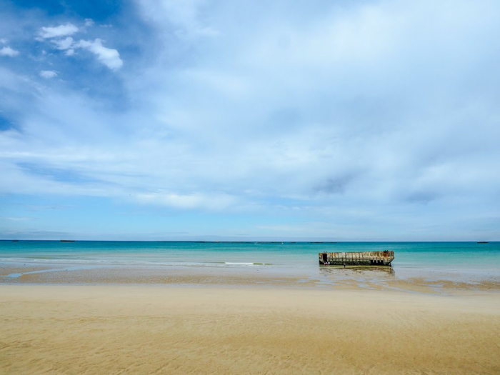 The beach scenes at Arromanches-les-bains | 7 of the Best D-Day Sites to Visit in Normandy If You Have Just 1 Day | Normandy, France WWII sites and World War II history | #wwii #normandy #dday #omahabeach