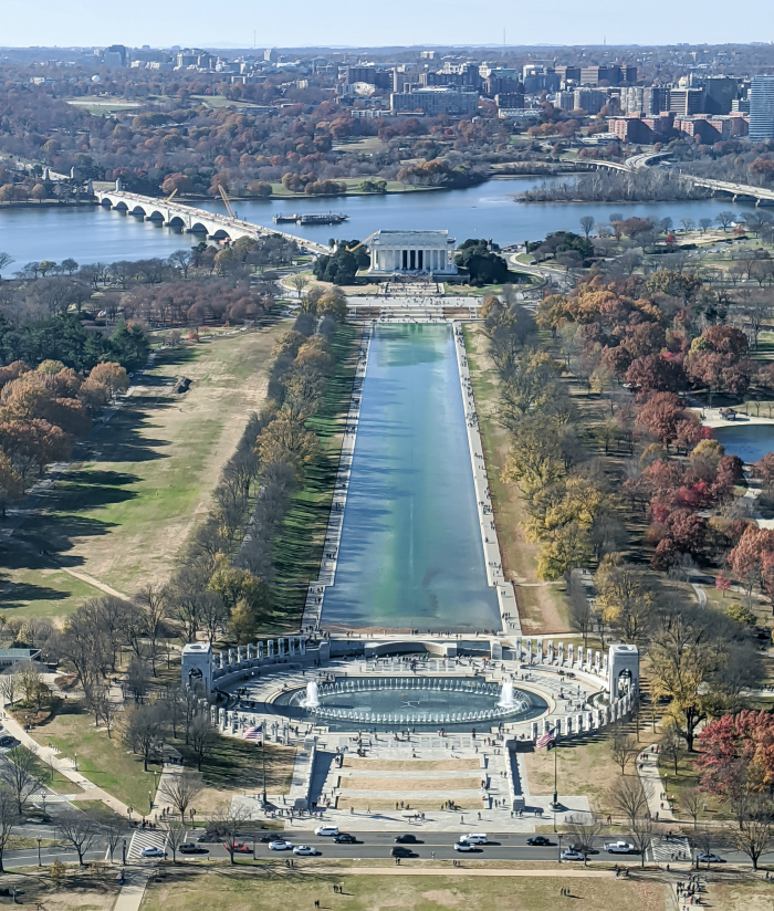WWII Sites in Washington DC and Arlington, Virginia that you shouldn't miss | the World War II Memorial and the Lincoln Memorial as seen from the top of the Washington Monument