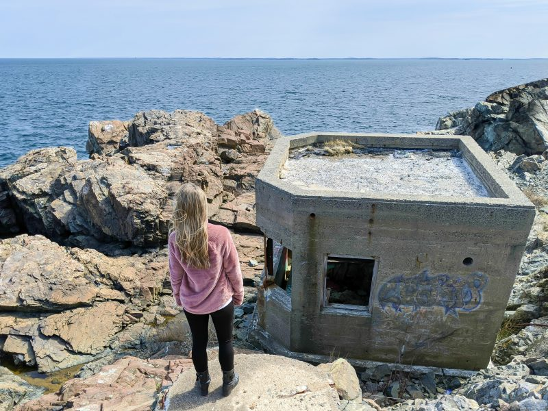 WWII Sites in Massachusetts--east to west, Cape Cod & the islands / WWII museums in Massachusetts, WWII memorials in Massachusetts / WWII battleships, tanks, and abandoned forts, and more. Boston World War II sites and memorials.