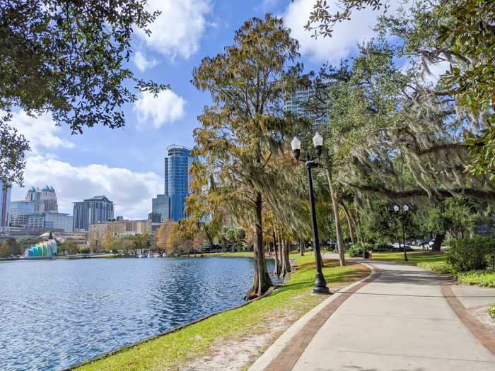 WWII sites in Orlando and thereabouts - World War II sites in and around Central Florida / Lake Eola in downtown Orlando