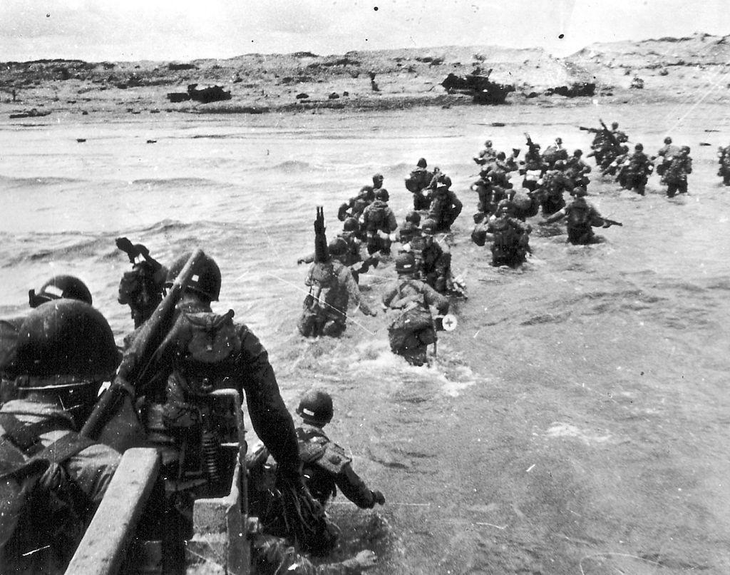 troops landing on Utah beach, normandy on D-Day