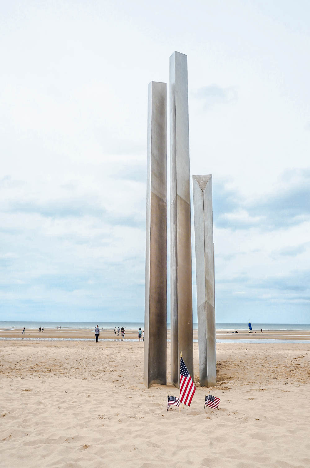 What to see at Omaha Beach, Normandy, France: Les Braves Memorial
