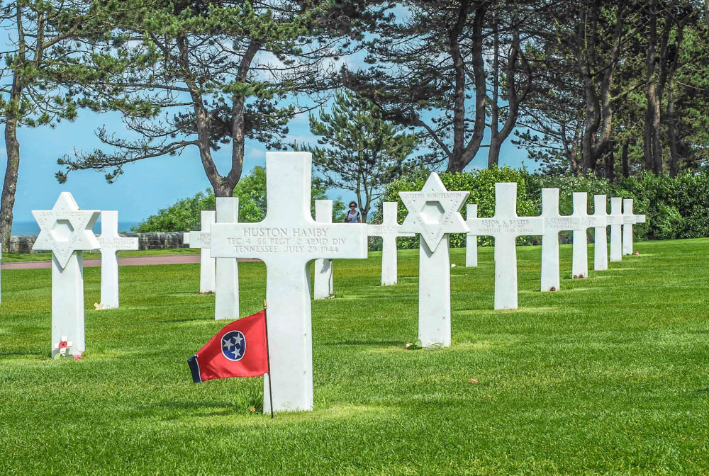 What to see at Omaha Beach, Normandy, France: Normandy American Cemetery crosses and stars of david