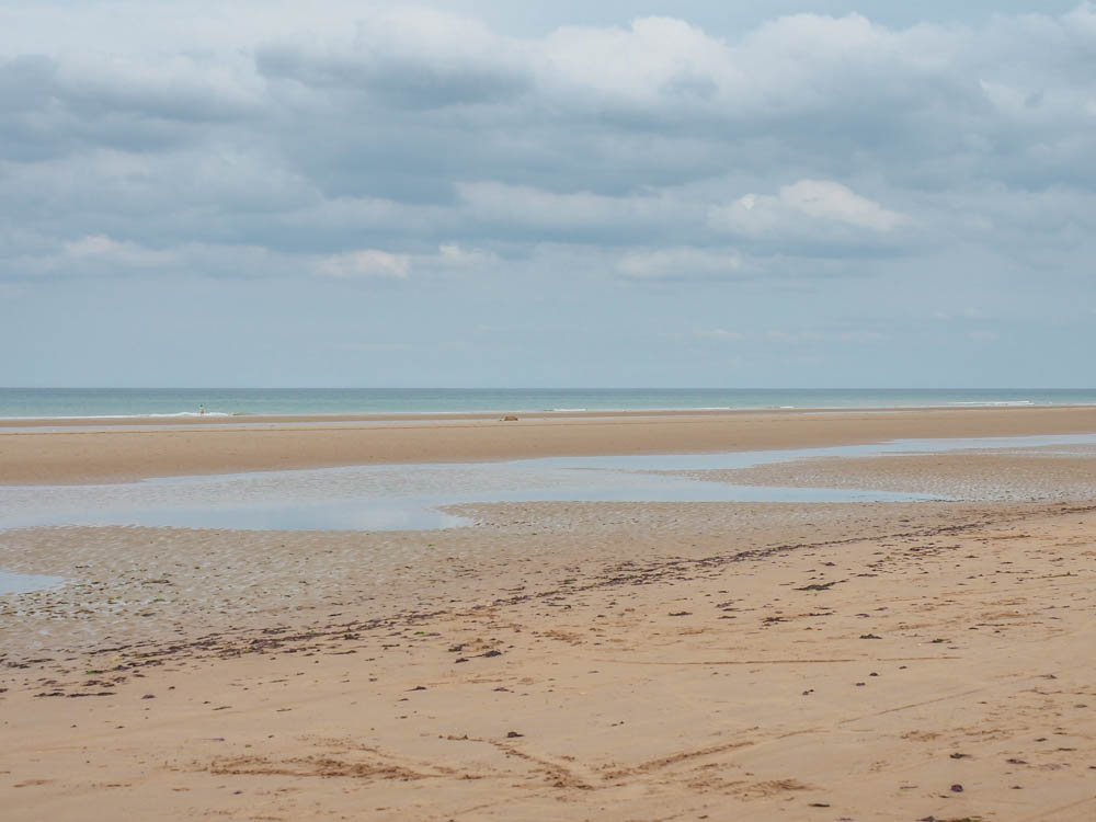 What to see at Omaha Beach, Normandy, France: empty omaha beach