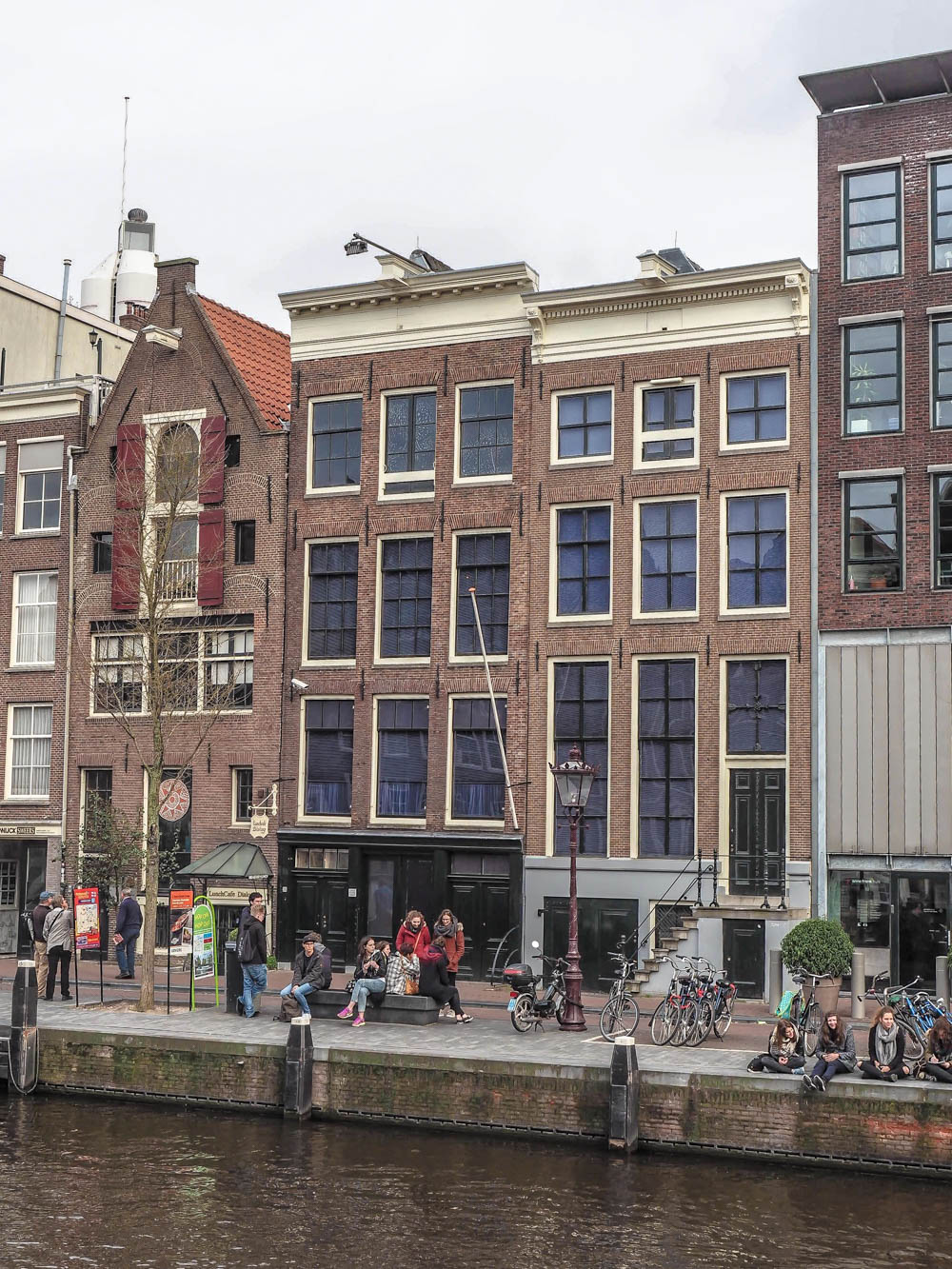 Exterior of the Anne Frank House | Tips for visiting the Anne Frank House museum in Amsterdam
